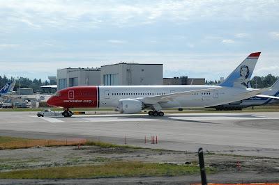 Norwegian Air Shuttleの新造787