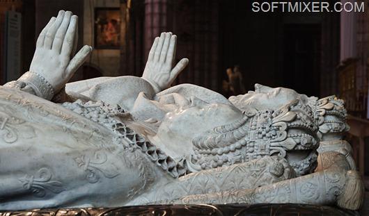 800px-Catherine_de_Medicis_Henri_II_gisants_basilique-Saint-Denis