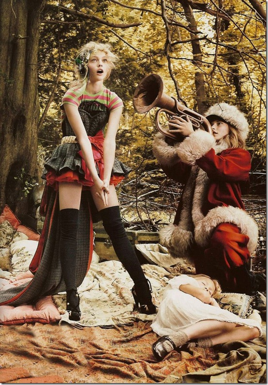 vogue-uk-december2007-sasha