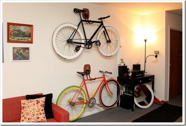 bike-on-wall-2