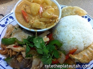 Thai-Evergreen-Massaman-Chicken-Curr