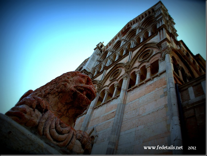 Fedetails.net Views 1 ( Cattedrale di San Giorgio 1 ), Ferrara, Emilia Romagna, Italia - Fedetails.net Views 1 (St. George's Cathedral 1), Ferrara, Emilia Romagna, Italy - Property and Copyrights of www.fedetails.net