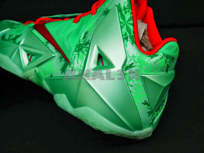 nike lebron 11 gr christmas 4 07 24 Days After Christmas... Fans in Europe Get to Cop XMAS 11s