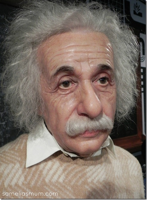 MT Albert Einstein