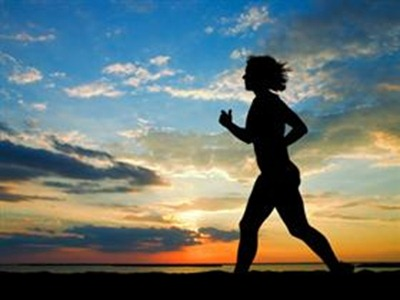 Women_running_at_Sunrise_249210048_std