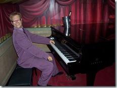 2011.08.15-017 Elton John