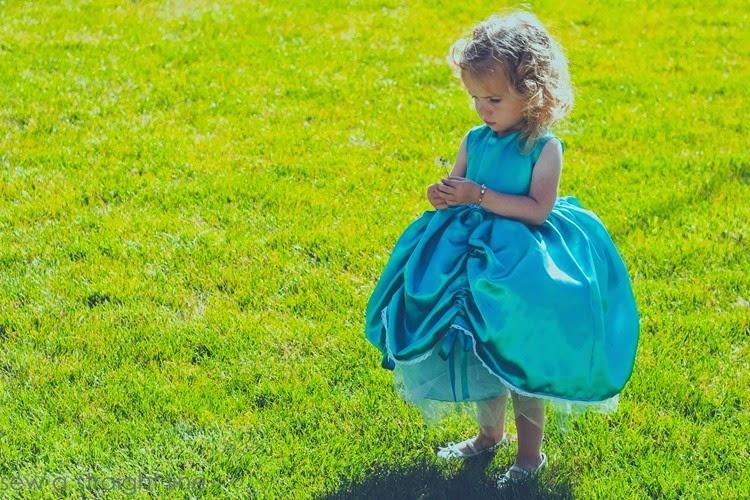 5 & 10 designs princess dress sew a straight line-18
