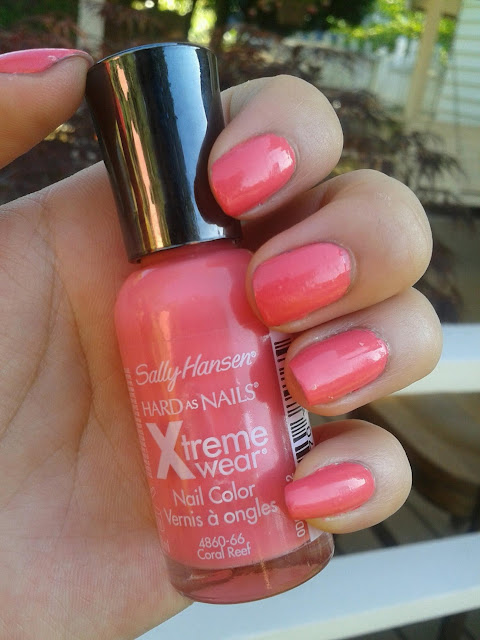 NOTD: Sally Hansen Hard as Nails Xtreme wear in Coral Reef: Swatch + ...