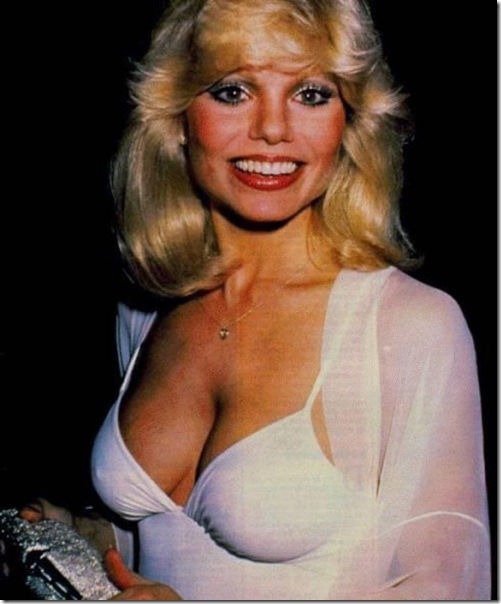 80s-cleavage-love-20