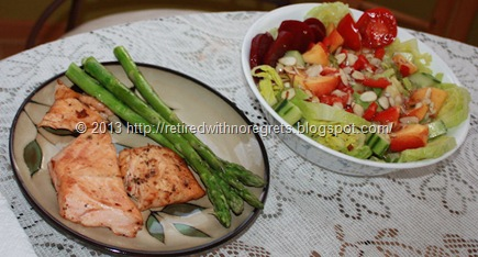 Salad asparagus and salmon