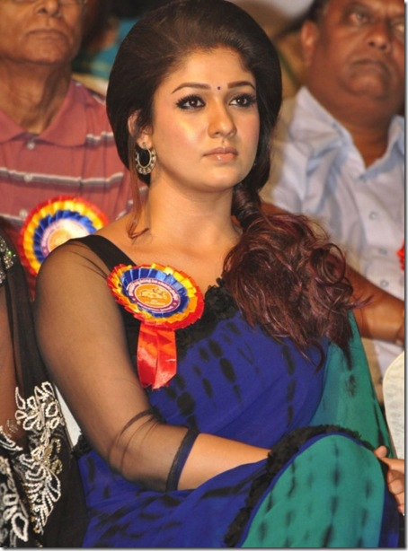 Nayanthara-Latest-Saree-Photoshoot-at-Nandi-Award-Function-2011-9