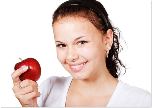 girl-with-red-apple