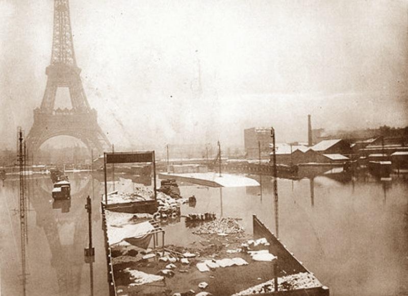 Torre_Eiffel_1910_paris