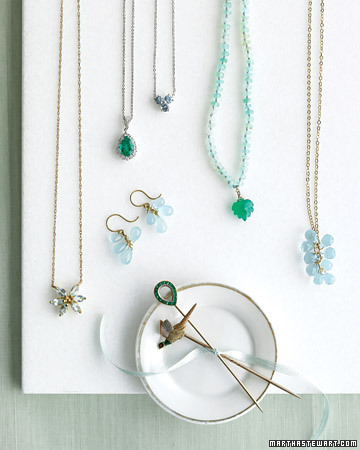 Emerald and turquoise are, foremost, jewel tones. (http://www.marthastewartweddings.com/)