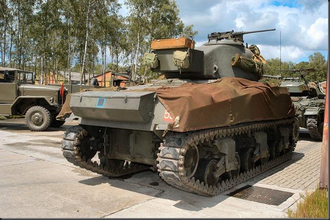 M4A4 Sherman VC 17pdr MT (6)
