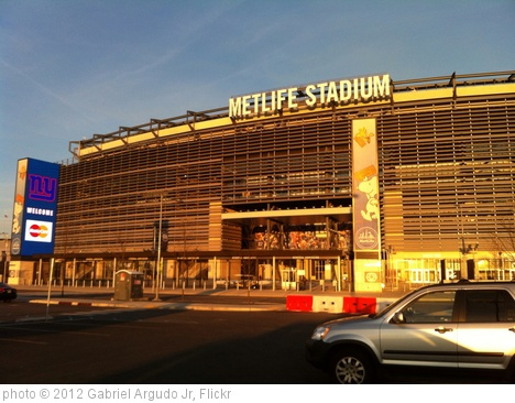 'Sunset over MetLife stadium.' photo (c) 2012, Gabriel Argudo Jr - license: http://creativecommons.org/licenses/by-sa/2.0/
