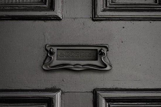Casa-enterrada-de-Ian-Strange-05