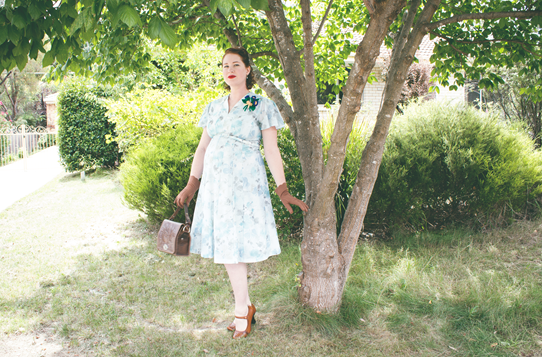 An early 1940's maternity look created with a vintage 70's dress | Lavender & Twill
