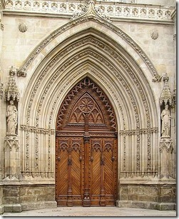 450px-Portal_of_the_Cathedral_of_Bilbao