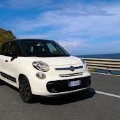 2013-Fiat-500L-MPV-Official-12.jpg