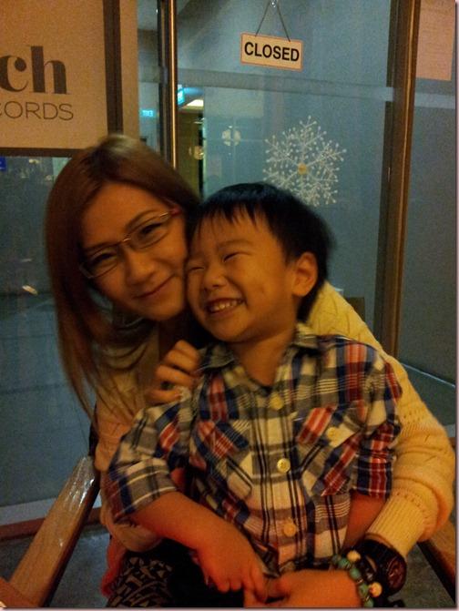 C360_2012-12-24-21-20-13_org