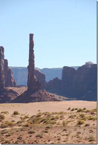 10-29-11 B Loop Road Monument Valley 070