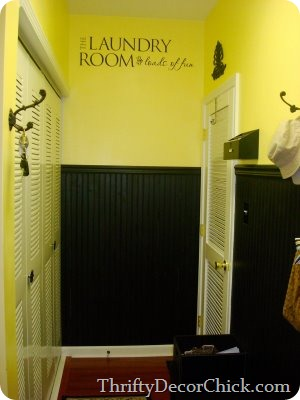yellow-black-mudroom