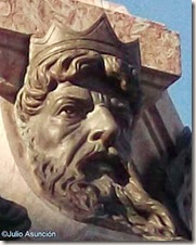 Monumento a Oquendo - cabeza de Neptuno
