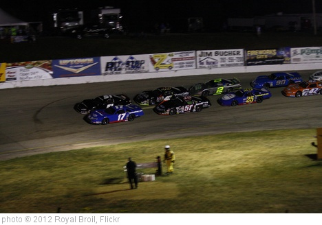 '7.1.12 Slinger Nationals - Restart Lap 153' photo (c) 2012, Royal Broil - license: http://creativecommons.org/licenses/by-sa/2.0/