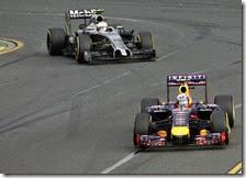 Red Bull e McLaren finiscono in tribunale