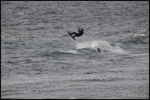 Parachute-Surfing-2