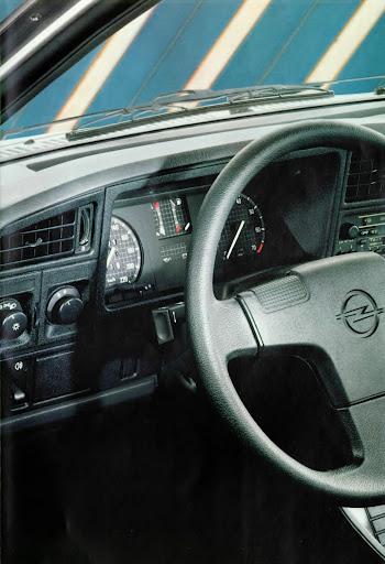 Opel_Ascona_1985 (6).jpg