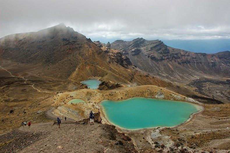 tongariro-lakes-2