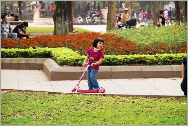 公园里的小孩