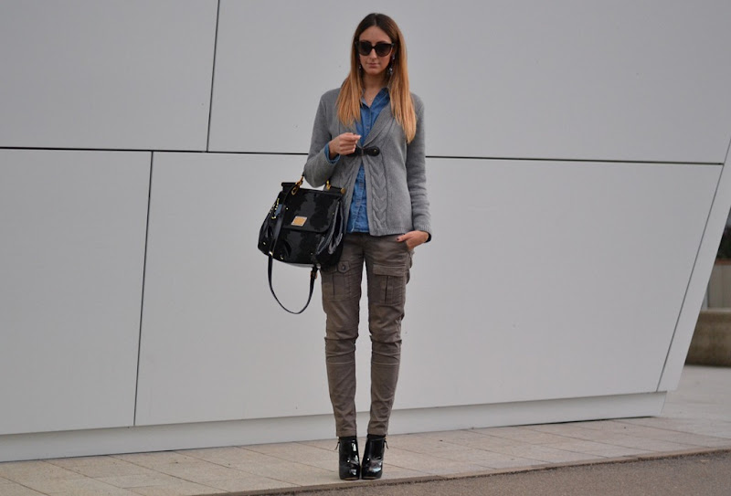 Sisley, Sisley pants, C&A cardigan, C&A, C&A pullover, Valentino sunglasses, Miss Sicily, Miss Sicily by Dolce & Gabbana, Dolce & Gabbana bag, italian fashion bloggers, fashion blogger, street style, fashion blogger firenze, Carvela boots, Carvela shoes, Carvela by Kurt Geiger, Carvela