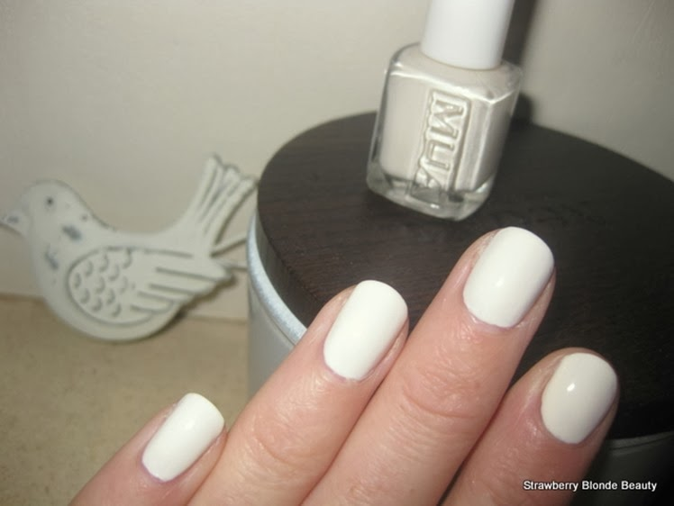 Winter-White-Nails