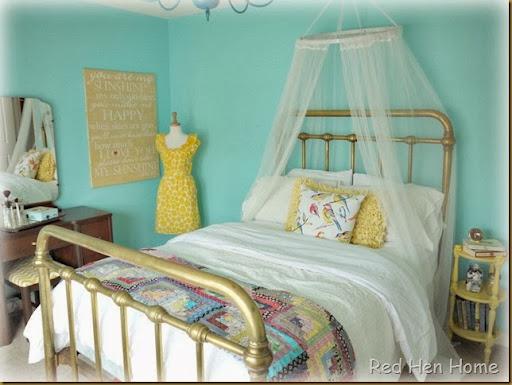 Red Hen Home Aqua Room 005