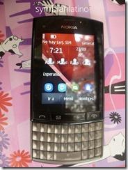 Nokia Asha 303 Frontal