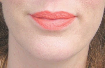 Too-Faced-Melted-Coral-on-lips