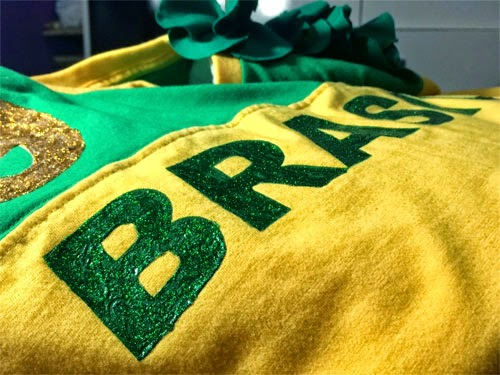 diy-como-fazer-customizando-camiseta-copa-brasil-7.jpg