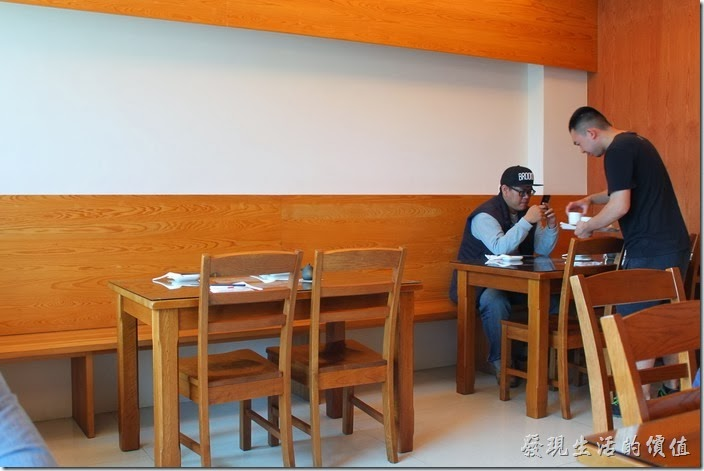 台南築地專賣壽司的店內一隅。
