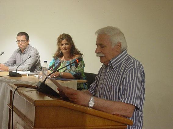 """Παρουσιάστηκε το βιβλίο του Σπύρου Λουκάτου στο Θέατρο """"Κεφαλος"""". Αύριο στο Ληξούρι."""