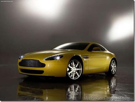 Aston Martin V8 Vantage2