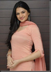 tara alisha in churidar 1