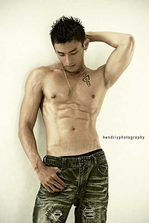 Asianmales-Little Shirtless Sexy with Unknown Male Model-04