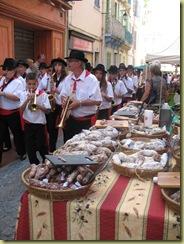 Olivenfest - Orkester og pølser