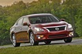 2013-Nissan-Altima-19