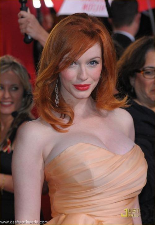Christina Hendricks linda sensual sexy sedutora decote peito desbaratinando (43)