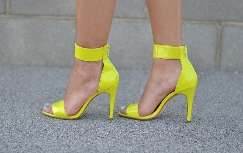 Sandals, High heels, H&M, H&M fluo, H&M neon, H&M sandals, Fluo sandals, Neon Sandals