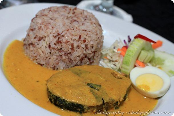Kelantan Delight nasi Dagang Gulai Ikan